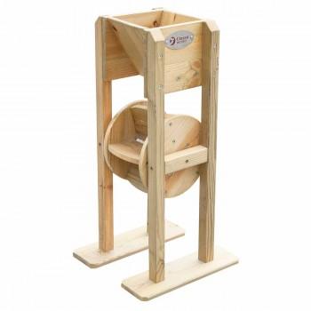 Дървена мелничка за игра с пясък