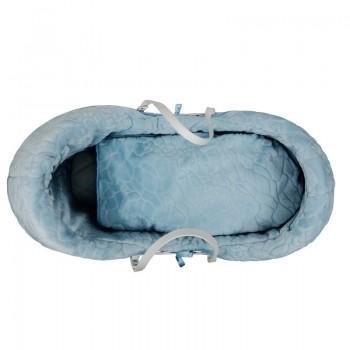 Плетено кошче за бебе със син спален комплект