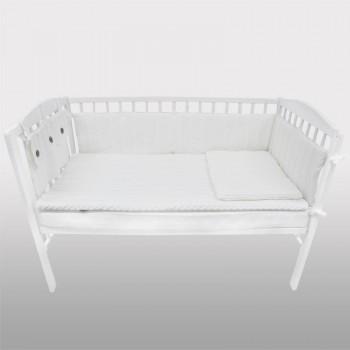 Плетен комплект за бебешко креватче бял